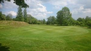 The 2nd Green looking towards theTee